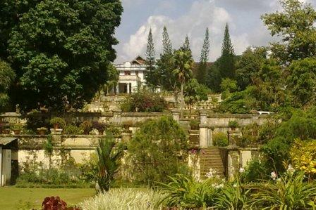 terraced-garden-tripunithura-hill-palace